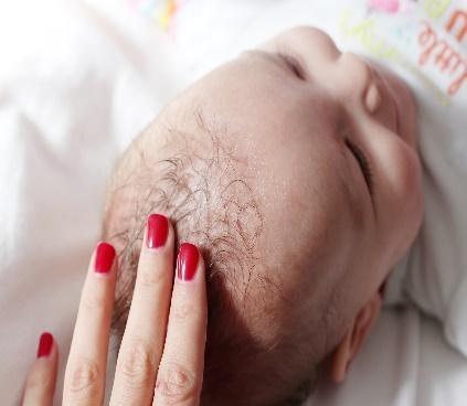 Nourishing Hair Oil treats dry scalp
